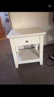 Ikea Nachttisch weiß