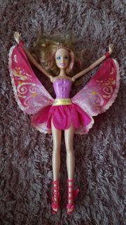 Verschiedene Barbie Puppen zu verkaufen