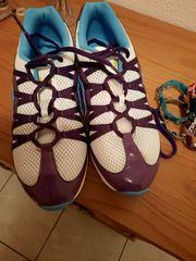 Zumba Schuhe und Armbänder