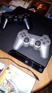 PLAYSTATION 3 2 Controller plus