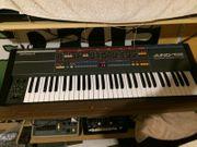 Roland Juno 106 analog Synthesizer