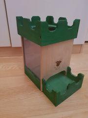 grüne Burg für Vögel oder