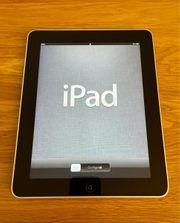 iPad 1 Generation mit Zubehör