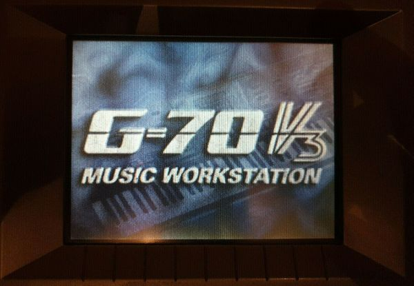 Roland G70 Arranger Workstation
