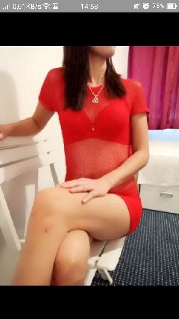 2 einsame asiatische Mädchen