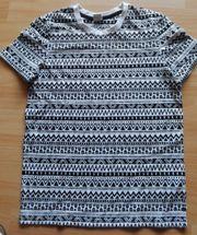 T-Shirt Gr 146 152 schwarz-weiß-gemustert -