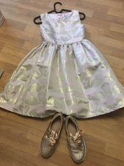 Kinderkleid Schuhe