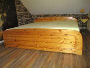 Echtholz - Kieferbett komplett mit Sprungrahmen
