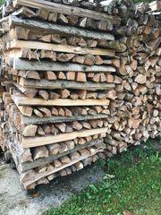 Brennholz Ofenholz Kaminholz trocken gespalten