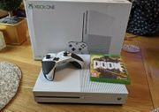 Microsoft Xbox One S 2