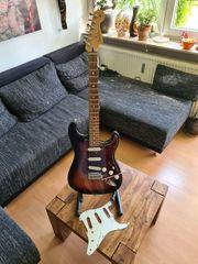 Fender Stratocaster Player 3TSB