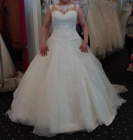 Alles für die Hochzeit - Brautkleid Größe 44