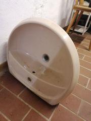 Waschbecken Toilettenschüssel