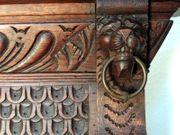 Großer Spiegel Wandspiegel mit Löwenköpfen