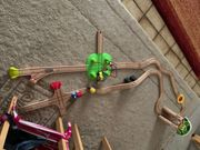 Schöne Holzeisenbahn