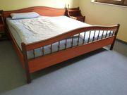Bettgestell 2x2m Echtholz teilmassiv Bett