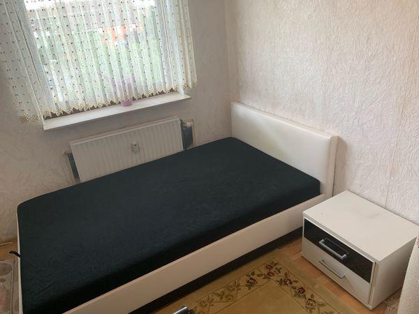 Jugendbett Einzelbett mit viel Stauraum