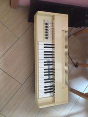 Orgel Tisch schultüte