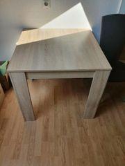 Verschenke Tisch und zwei Stühle