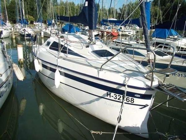 TES 550 Master Segelboot zu