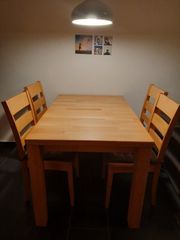 Tisch Vollholz ausziehbar und 4