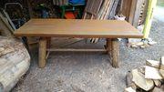 Kostenloser Gartentisch aus Holz