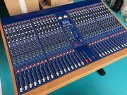 Studiomischpult TL-Audio M4 mit 32
