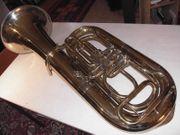 schöne Bb Tuba von Reisser