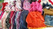 Mädchensachen Bekleidungspacket gr 74 80