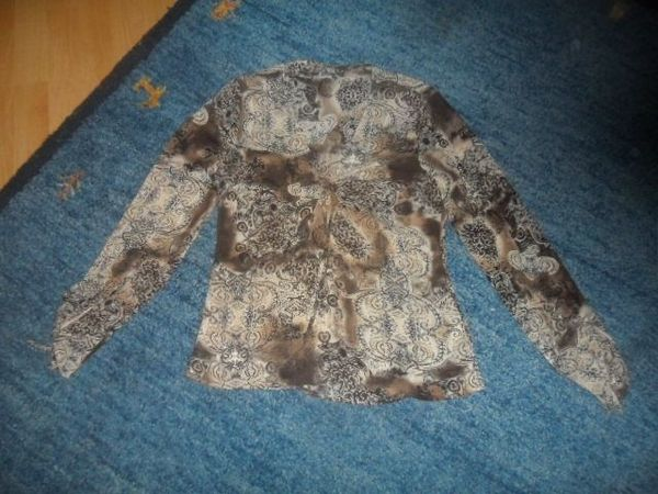 Tolle Bluse Gr 38 40