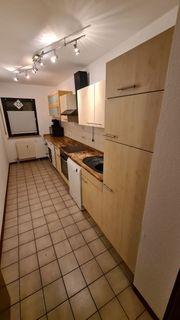 Küchenzeile inklusive Spülmaschine Herd und