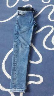 Zwei Kinder Jeans gr 152