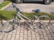 Damen Jugend Trekkingrad Deore Ausstattung