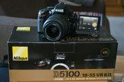 Nikon D5100 mit Nikkor Objektiv