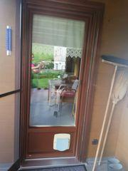 Balkontür mit Katzenschleuse