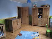 vollständiges Baby- und Kinderzimmer von