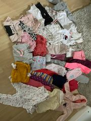 82 Teile Kleidungspaket Mädchen Gr