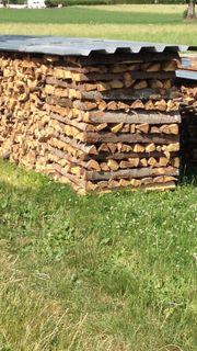 Brennholz jetzt einlagern