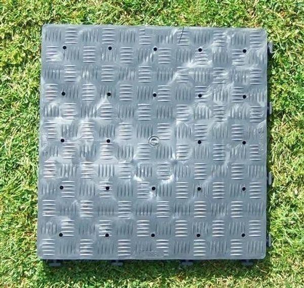 Kunststoffbodenplatten 20 qm