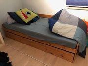 Tolles massives Holzbett zu verkaufen