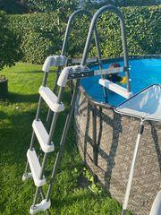 Pool SCHWIMMBECKEN - Leiter wie neu