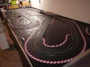 Verkaufe Carrera Rennbahn und Autos