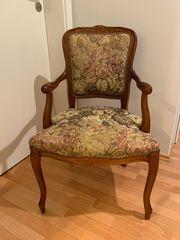 Antiker Stuhl Holz grün floral