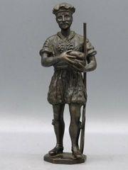 Bronzefigur Bäcker Nr 145 von