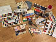 Wasserfarben und Pinsel - Sammlung für