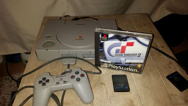PS 1 mit Gran Turismo