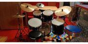Sonor Schlagzeug inkl Notenständer u