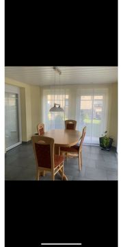 Essgruppe Esszimmer Tisch und Stühle