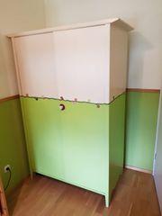 Kleiderschrank Echtholz für Kinderzimmer