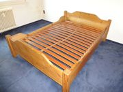 Kiefer Massivholz Bett mit Lattenrost